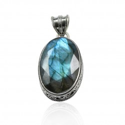 Blue Fire Labradorite Oval Faceted Gemstone Solid 925 Sterling Silver Pendant Wholesale Silver Pendant Jewellery
