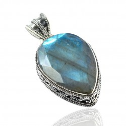 Natural Labradorite Gemstone Solid 925 Sterling Silver Pendant Handmade Oxidized Silver Pendant Jewelry