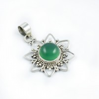 Vintage Beauty Green Onyx Gemstone Pendants 925 Sterling Silver Handmade Pendants Oxidized-Silver Jewelry