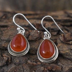 Eye Chatching Red Onyx 925 Sterling Earring!!
