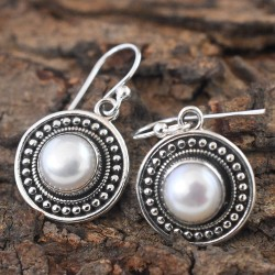 Mother Nature Pearl Round cabochon 925 Sterling Silver Earring