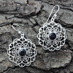 Pretty Black Onyx 925 Sterling Silver Earring