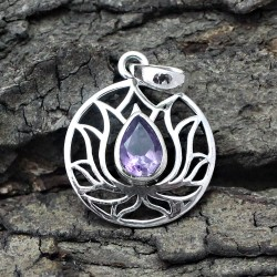 Attractive Amethyst 925 Sterling Silver Pendant