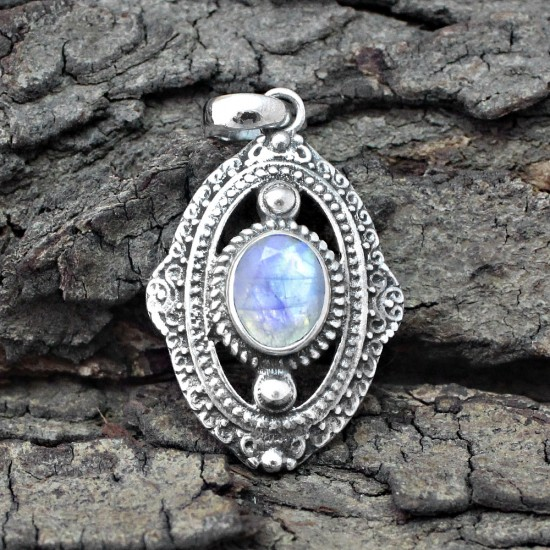 Natural Rainbow Moonstone 925 Sterling Silver Pendant