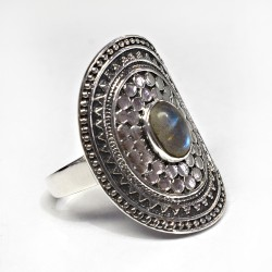 Alluring Blue Fire Labradorite 925 Sterling Silver Ring