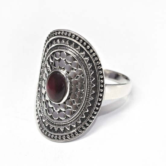 Amazing Oval Garnet Cabochon 925 Sterling Silver Ring