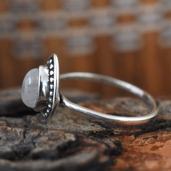 Appealing Rainbow Moonstone Cabochon Sterling Silver Ring