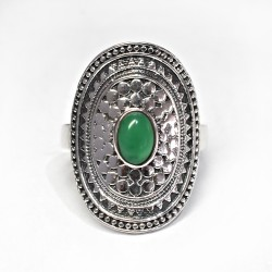 Beautiful Green Onyx Oval Shape 925 Sterling Silver Ring
