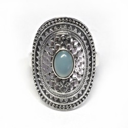 Fresh Looking Oval Chalcedony 925 Sterling Silver Ring