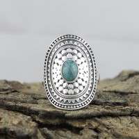 Typical Green Turquoise Cabochon 925 Sterling Silver Ring