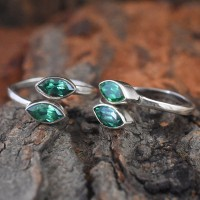 Beautiful  Green C.Z Stone 925 Sterling Silver Toe Ring