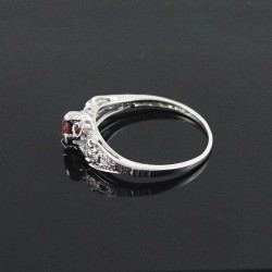 All Is Well !! 925 Sterling Silver Red Garnet Rhodium Plated Ring