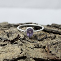 Attractive Purple Amethyst 925 Sterling Silver Ring Jewelry