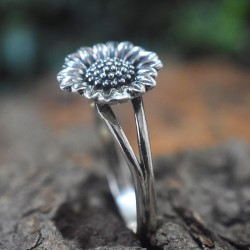 Attractive Sunflower Design Band Ring 925 Sterling Plain Silver Oxidized Silver Jewellery