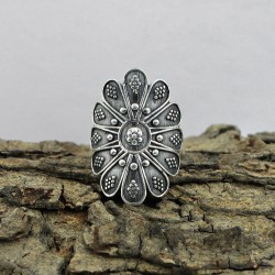 Flower Design 925 Sterling Plain Silver Solitaire Ring Oxidized Jewelry