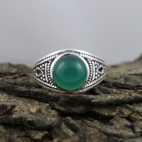 Attractive Natural Green Onyx 925 Sterling Silver Ring