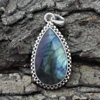 Good Looking Labradorite 925 Sterling Silver Handmade Pendant Jewelry