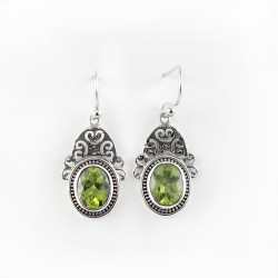 Beautiful Perfection Peridot 925 Sterling Silver Earring