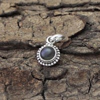 Awesome !! Labradorite Round Shape 925 Sterling Silver Pendant Jewelry