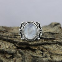 Fashion !! Rainbow Moonstone 925 Sterling Silver Ring