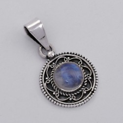 Natural Rainbow Moonstone 925 Sterling Silver Handmade Pendant Jewelry Indian Silver Jewelry