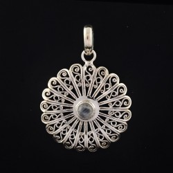Amazing !! Rainbow Moonstone 925 Sterling Silver Circle Design Pendant Jewelry Gift For Her