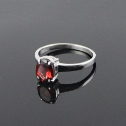 Deep Love !! Red Garnet Rhodium Plated 925 Sterling Silver Ring Jewelry