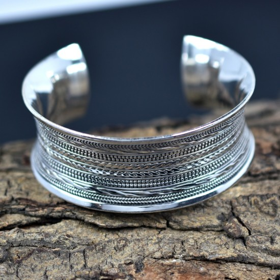Round Silver Bangle Handmade Hammered Silver Cuff Bangle 925 Sterling Silver Jewelry