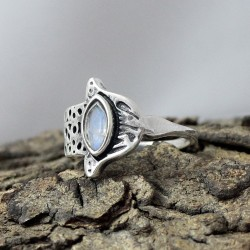 Authentic Rainbow Moonstone 925 Sterling Silver Handmade Ring